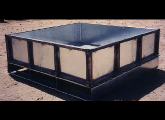 Water Container Black Metal Pallet